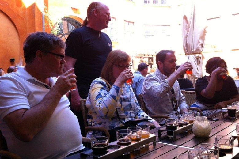beer-tasting-group_1
